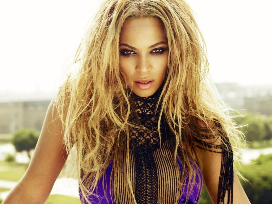 Bold-Singer-Beyonce-HD-Wallpaper