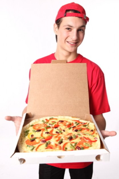 t-shirt-male-pizza-delivery-box_3257796